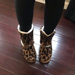 Old Navy Cheetah Print Slippers